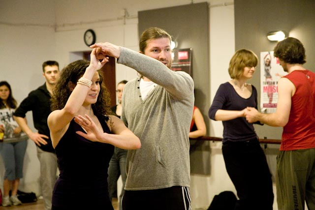 UDZ - Tańcz w Wielkim mieście! Relacja z Dnia Otwartego z Salsą i innymi technikami