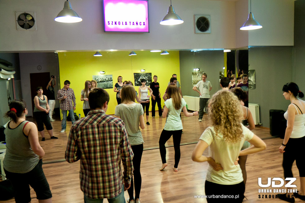 UDZ - Tańcz w Wielkim mieście! Jak tańczyć w parach? Relacja z Dnia Otwartego dla Par - 18.03.2012