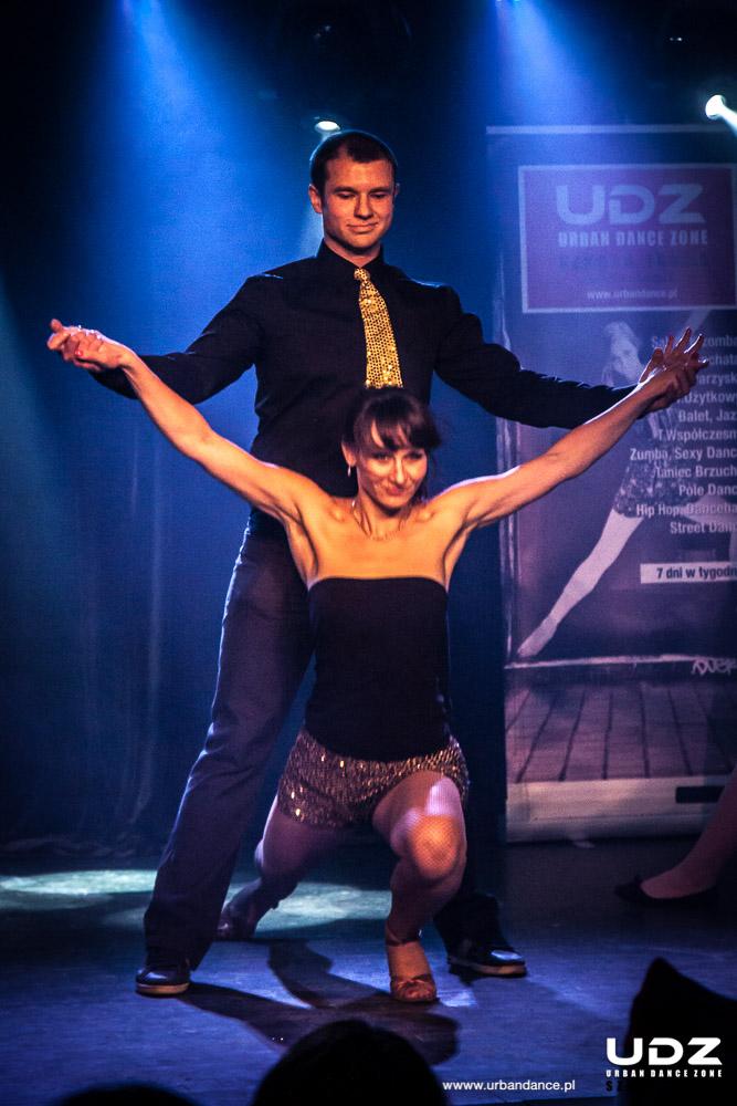 UDZ - Tańcz w Wielkim mieście! Spotkanie i Pokazy Wigilijne - 12.12.2015