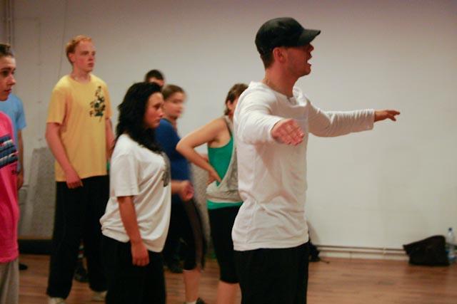 UDZ - Tańcz w Wielkim mieście! Locking